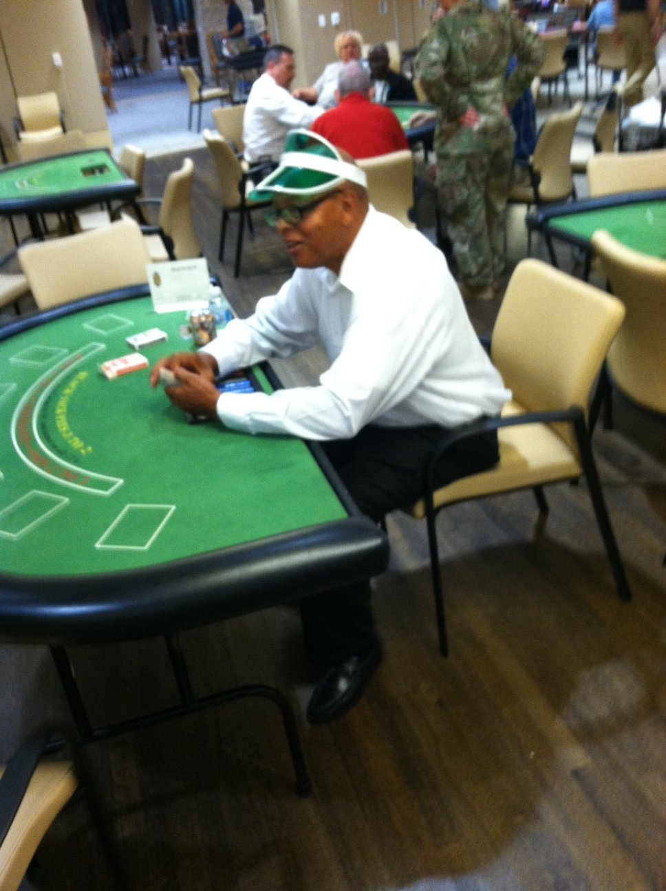 usawoa-afrh_casino_night_mallard5907306136370910092